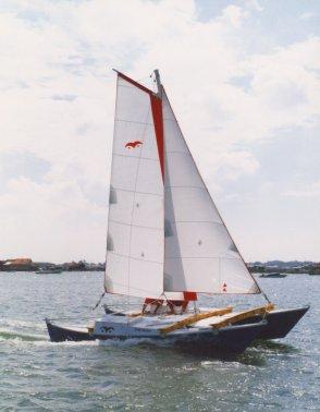Tiki 21 sailing in France