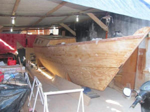 Tiki 30 hull under construction