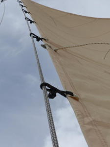 Staysail with Dyneema hanks