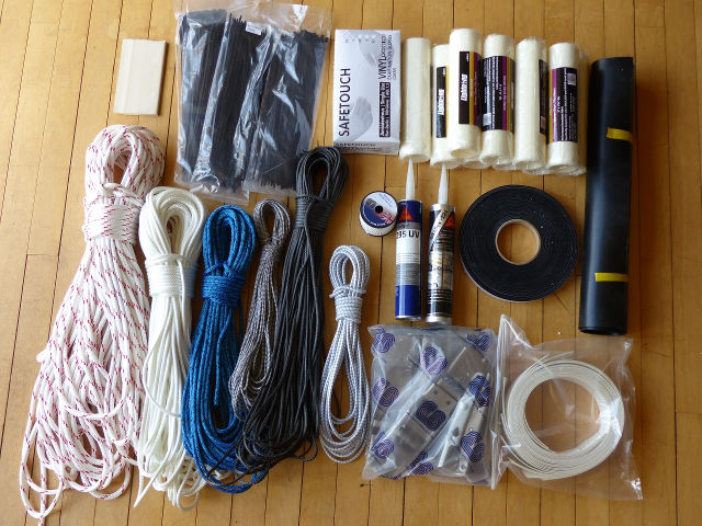 Bags of fittings and ropes