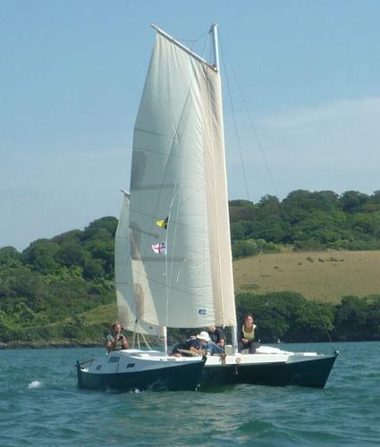 Mana sailing