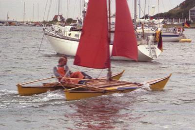 Hitia 14 sailing