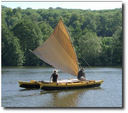 Tahiti Wayfarer 21 - Double Canoe or Outrigger Canoe - Self-Build Boat Plans | James Wharram Designs