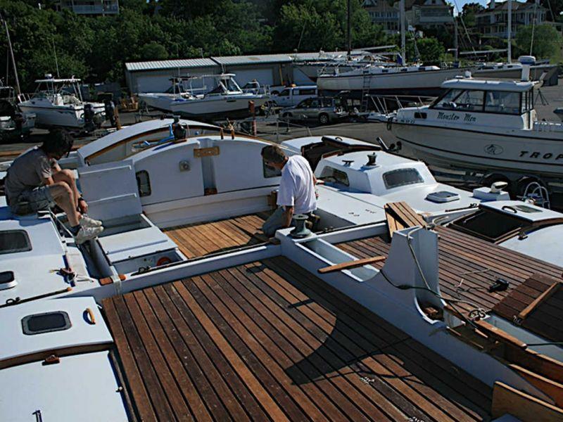 Alternative fitting of slatted decks