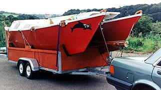 想做一艘双体帆船,六七米左右,谁能给张图纸?